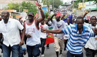 Warga Haiti Demo