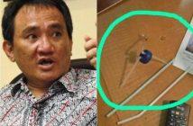Sekjen Partai Demokrat Andi Arief dan barang bukti bong